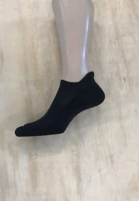 Paksupohjainen varreton sukka